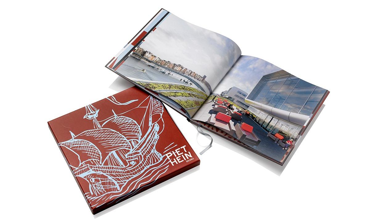 Doos-met-brochures